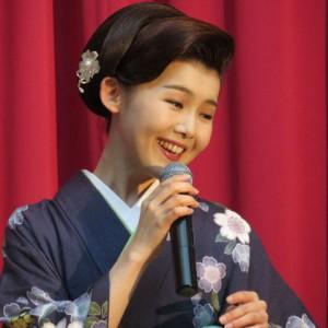 小桜舞子 しのぶ坂 潮来アイモアキャンペーン