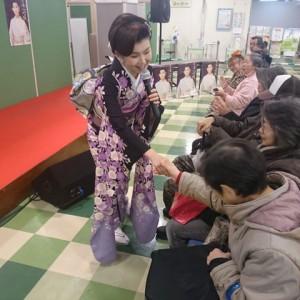 小桜舞子 しのぶ坂 ヒロロ 1月4日