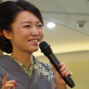 山口瑠美 モラージュ菖蒲 2016年11月25日